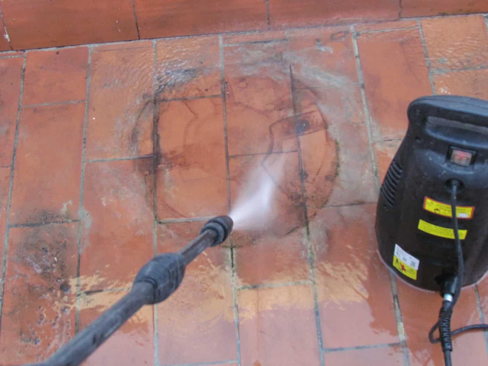 cuidados del suelo de la terraza de casa